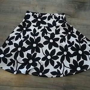 Brand new black and white daisy skirt
